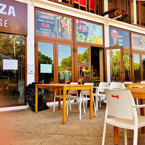 Decoração de Montras - Restaurante Labrazza - RJB Publicidade