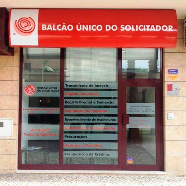 Decoração de Montras - Balcão Único do Solicitador - RJB Publicidade