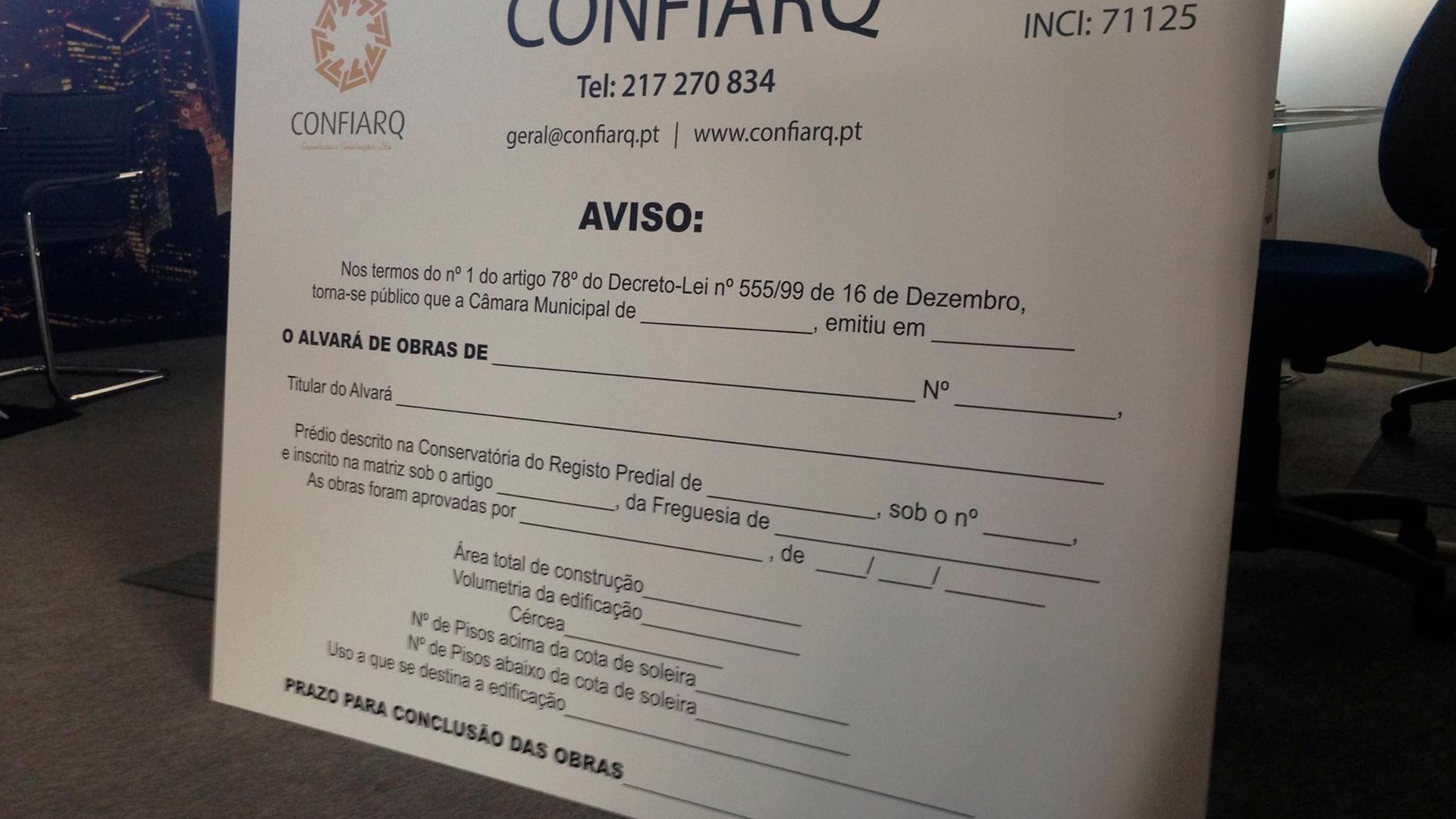Placa PVC - Confiarq